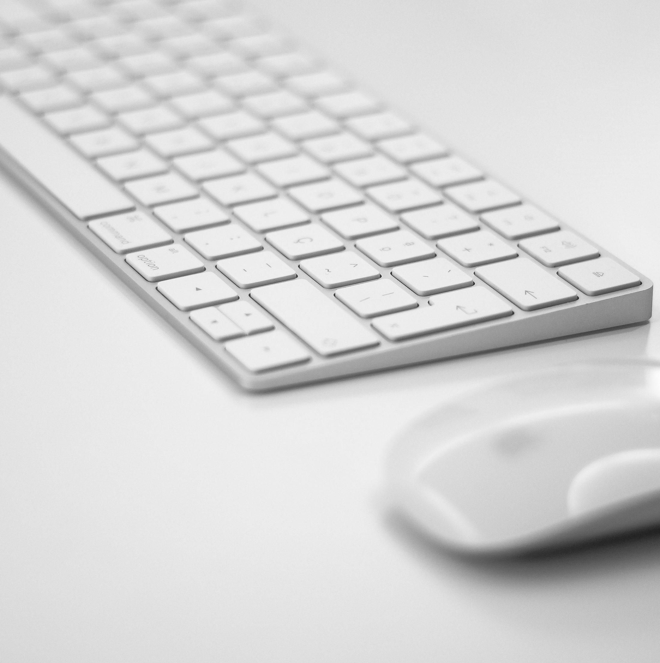 マウス、キーボードはワイヤレスでスッキリ! LogicoolのUniflying