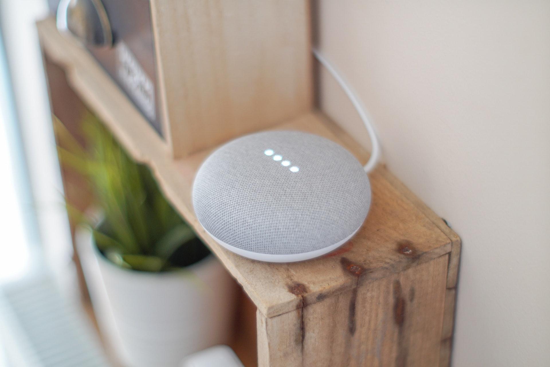 スマートスピーカーを1年使った感想。Google Homeをレビュー。